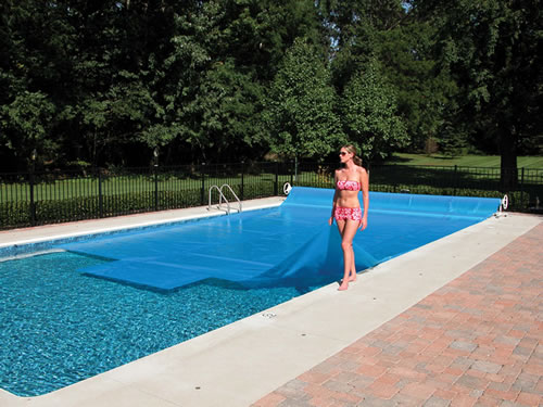 Keep Children And Garden Debris Out Of Your Swimming Pool How To Build A House