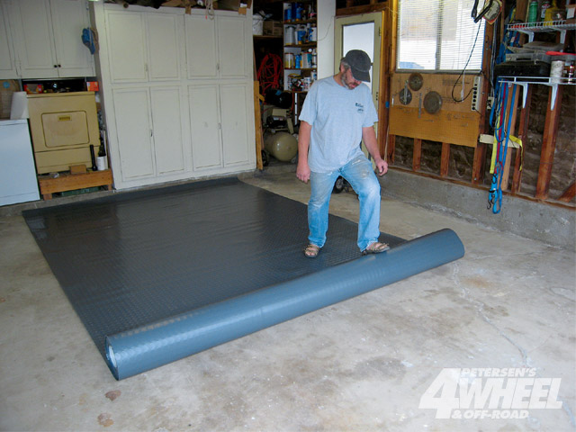 Garage floor covering installation how to build a house for How to build a floor for a house
